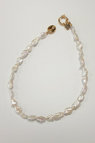 Lady pearl choker necklace