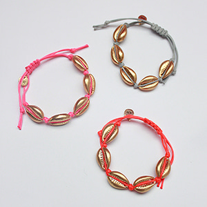 [2019 summer] Cowrieshell color khot bracelet [gold + 3color]