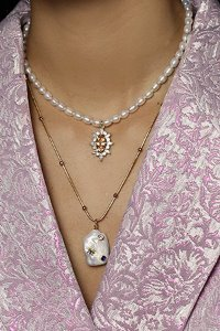Bliss pearl necklace
