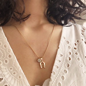 Horseshoe Necklace [gold]
