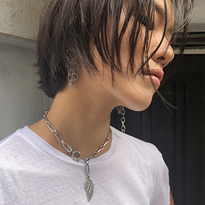 Lucy feather chain necklace [silver]